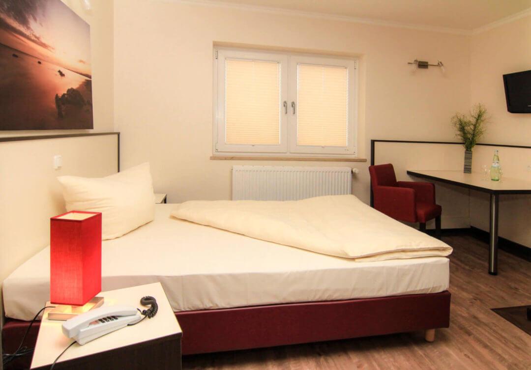 Zweite Heimat in Wankendorf, besuchen Sie unser Hotel und Restaurant Schlüter, in der Holsteinischen Schweiz