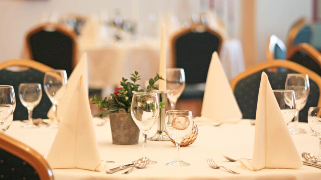 Zweite Heimat in Wankendorf, feiern Sie im Hotel und Restaurant Schlüter, in der Holsteinischen Schweiz.
